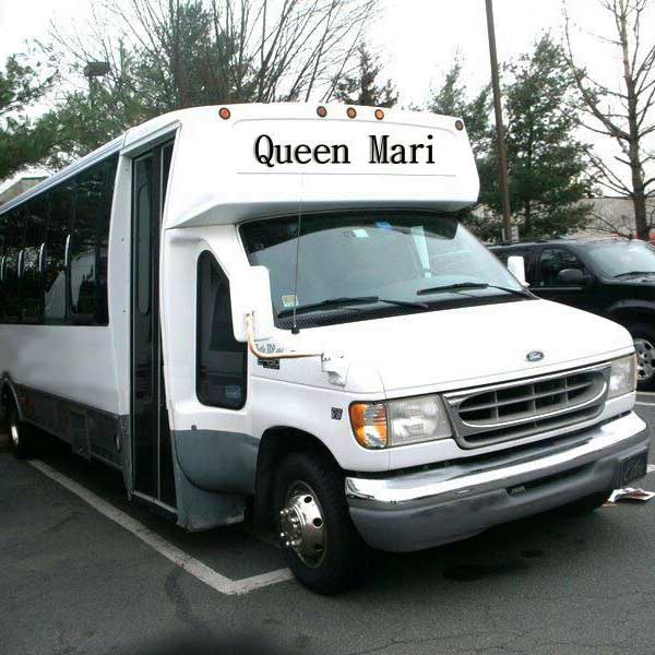Queen mari party bus